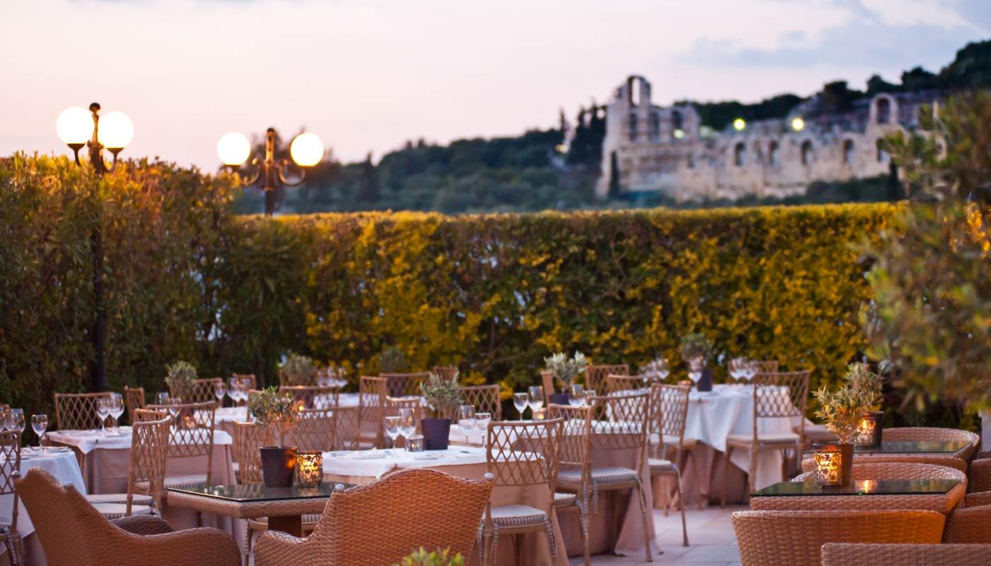 divani palace acropolis acropolis secret roof garden. Black Bedroom Furniture Sets. Home Design Ideas